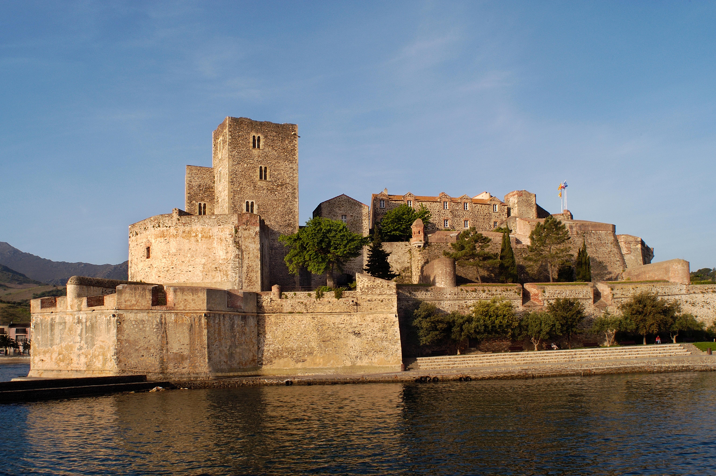 Forts et citadelles du pays catalan d tours en france - Chateau de collioure ...