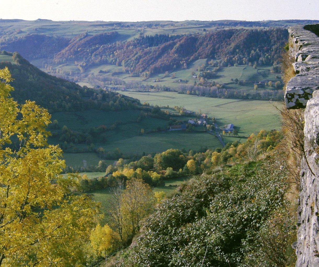 Circuits Auvergne Volcans Et Puys Dauvergne Destinations