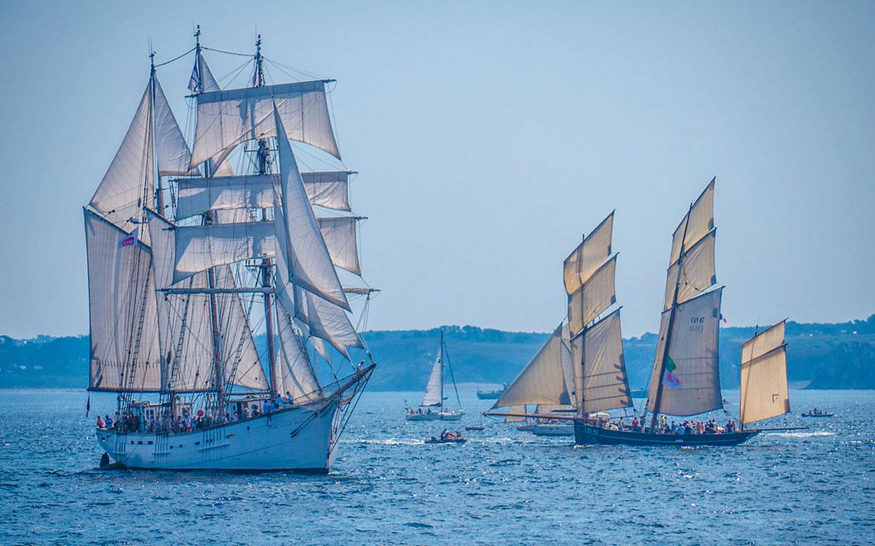 Bateaux Francais Celebres Top 8 Des Navires Mythiques Detours En France