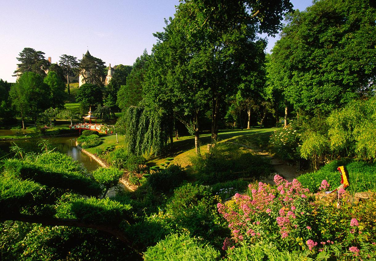 Apremont sur allier fier d 39 tre berrichon d tours en france for Apremont sur allier jardin