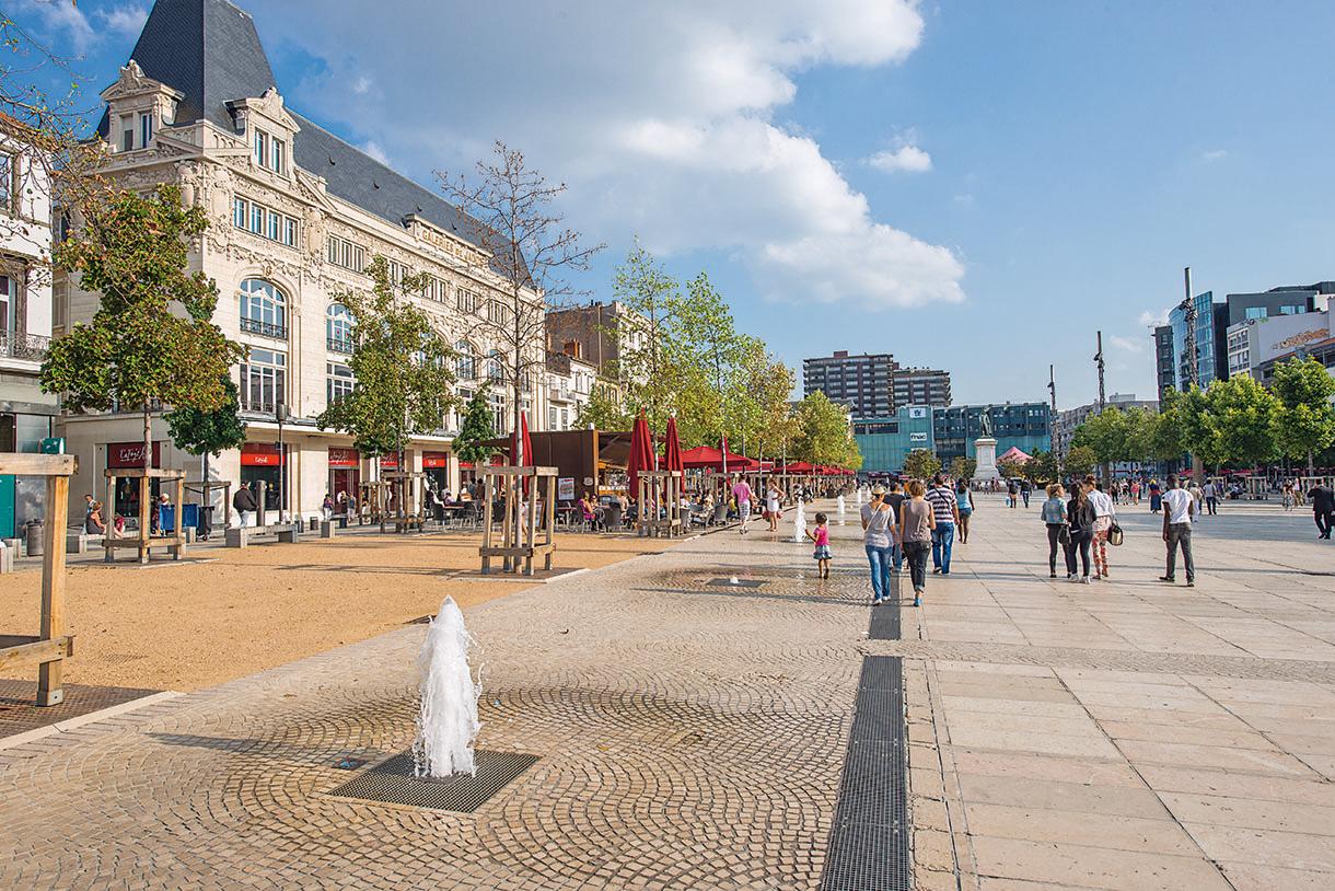 Clermont ferrand ville de modernit d tours en france - Bassin pierre reconstituee clermont ferrand ...
