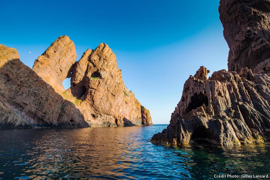 taffons, érosions naturelles des falaises dans le golfe de Porto