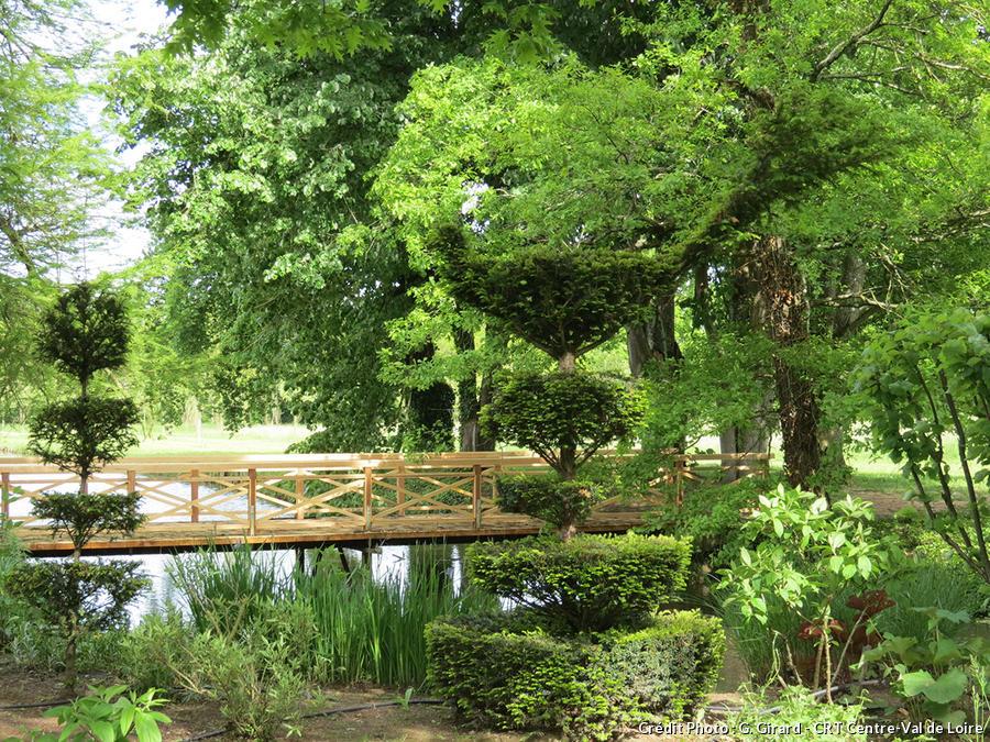 Jardin médiéval d'Ainay-le-Vieil