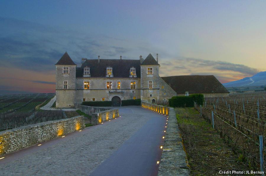 chateau_clos_de_vougeot