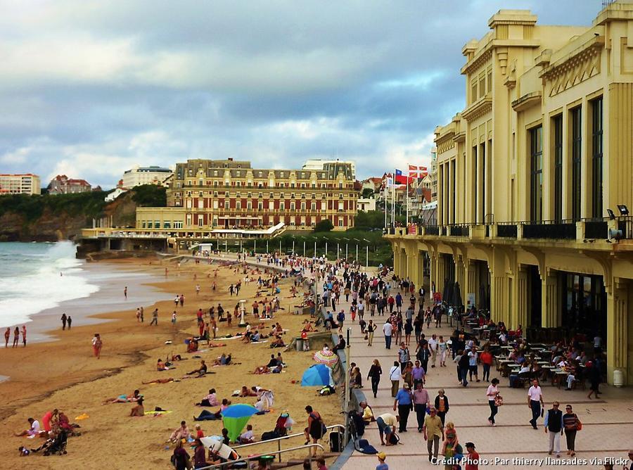 def-camp-plage-de-biarritz-pays-basque.jpg