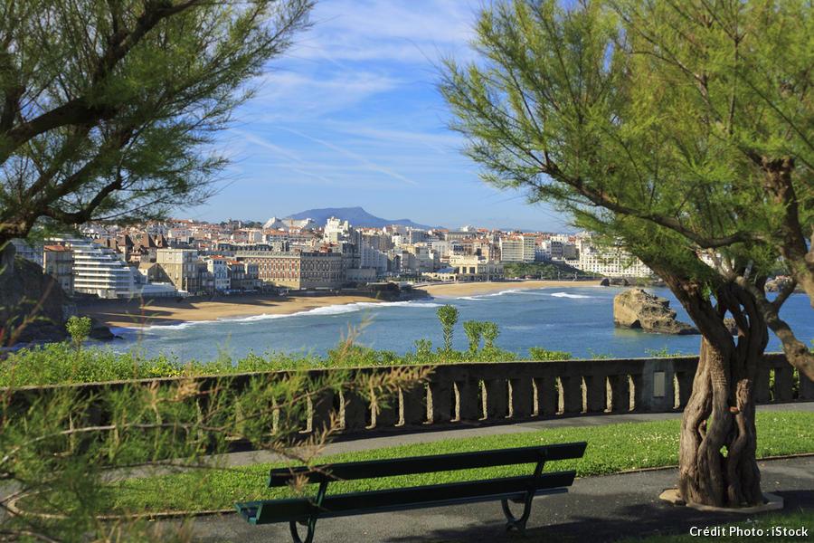 banc depuis le phare de Biarritz