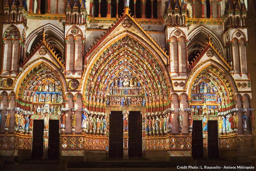 det_cathedrale-en-couleurs-amiens_mairie.jpg