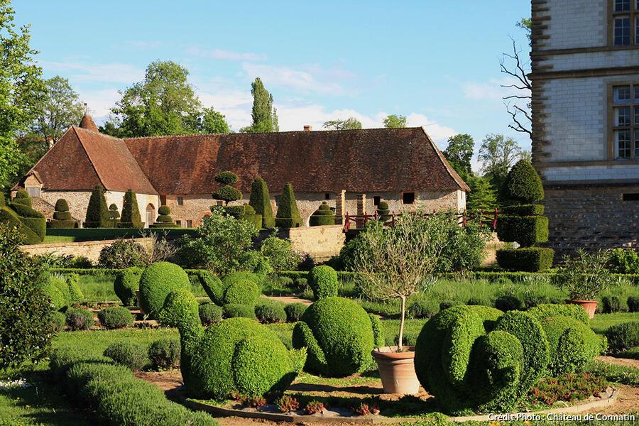 Chateau de cormatin un tr sor en bourgogne d tours en for Le jardin france 5