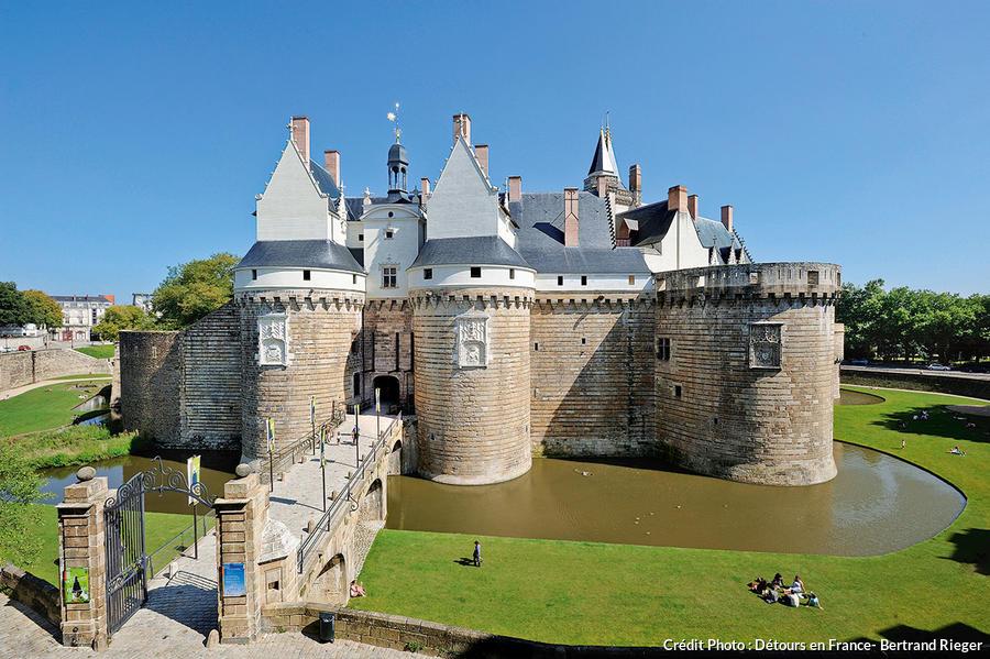 """Résultat de recherche d'images pour """"Château des ducs de Bretagne"""""""