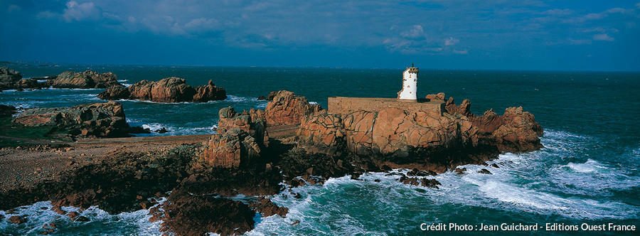 Le phare breton du Paon