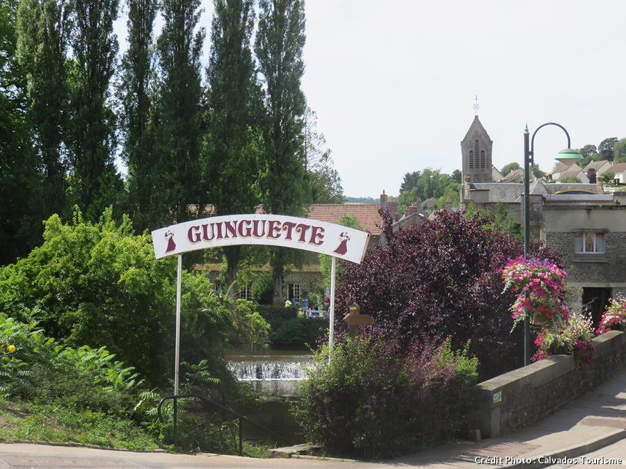 Guinguette à Pont d'Ouilly