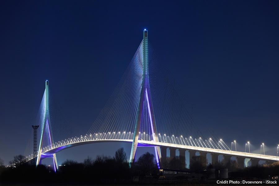 det_pont-normandie-nuit_istock.jpg