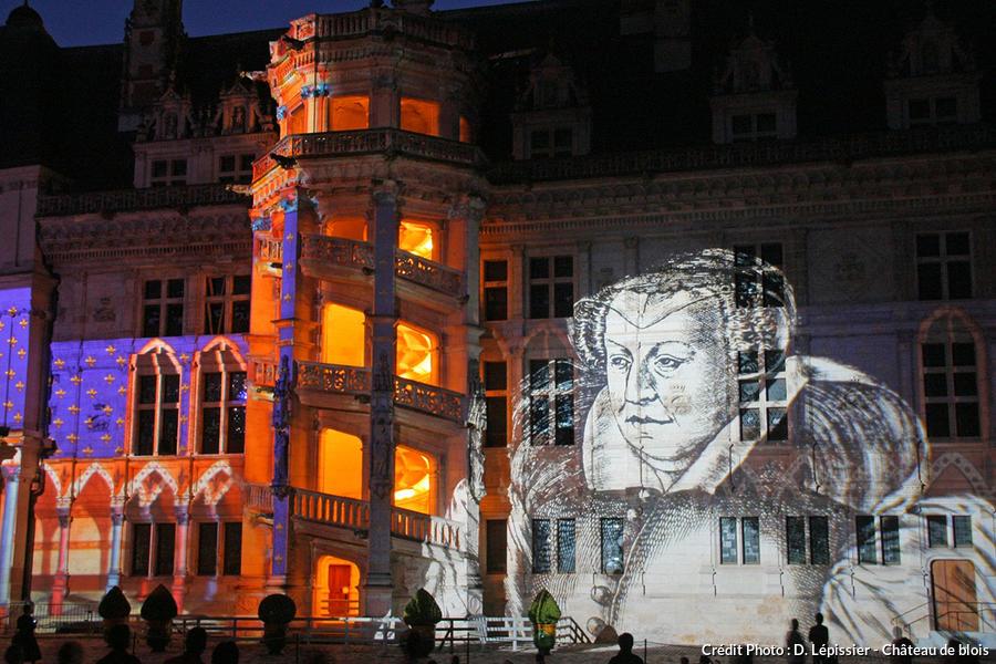 det_son-et-lumiere-chateau-blois_chateau-blois.jpg