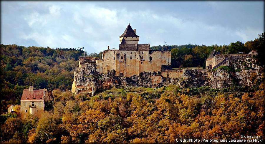 dordogne-chateau-de-castelnaud.jpg