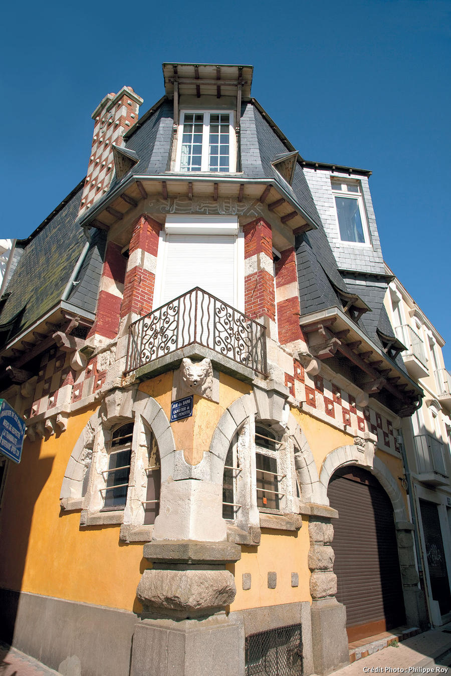 La maison pseudo-médiévale où habita l'architecte Maurice Durand