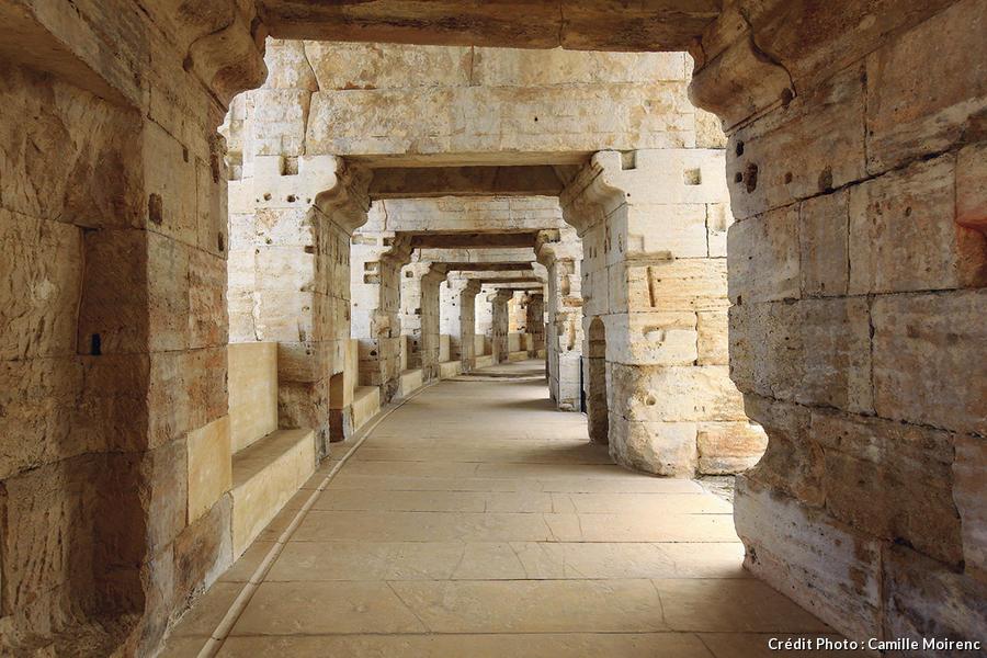 Galeris de l'amphithéâtre d'Arles