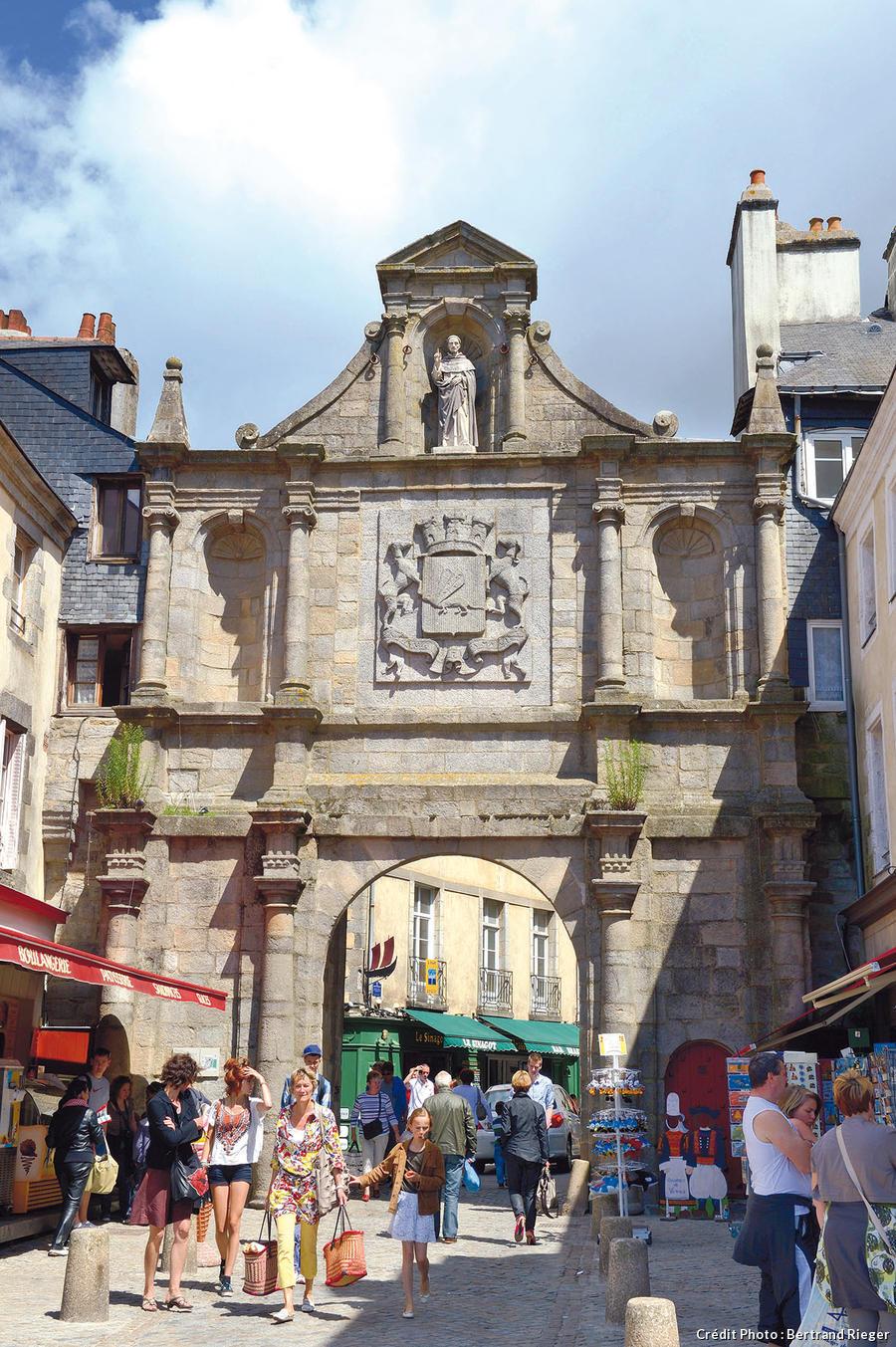 Vannes l 39 empreinte de saint vincent ferrier d tours en - Comptoir metallurgique de bretagne vannes ...