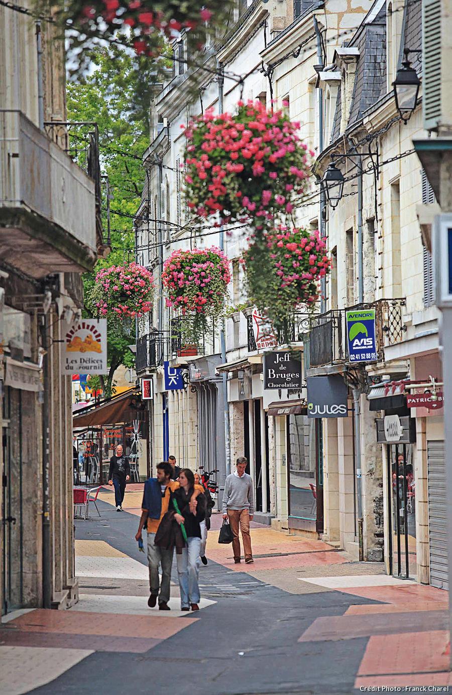 Rue du centre-ville de Saumur