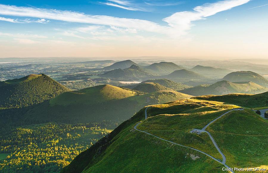 L 39 auvergne le pays nature d tours en france - Office du tourisme de l auvergne ...