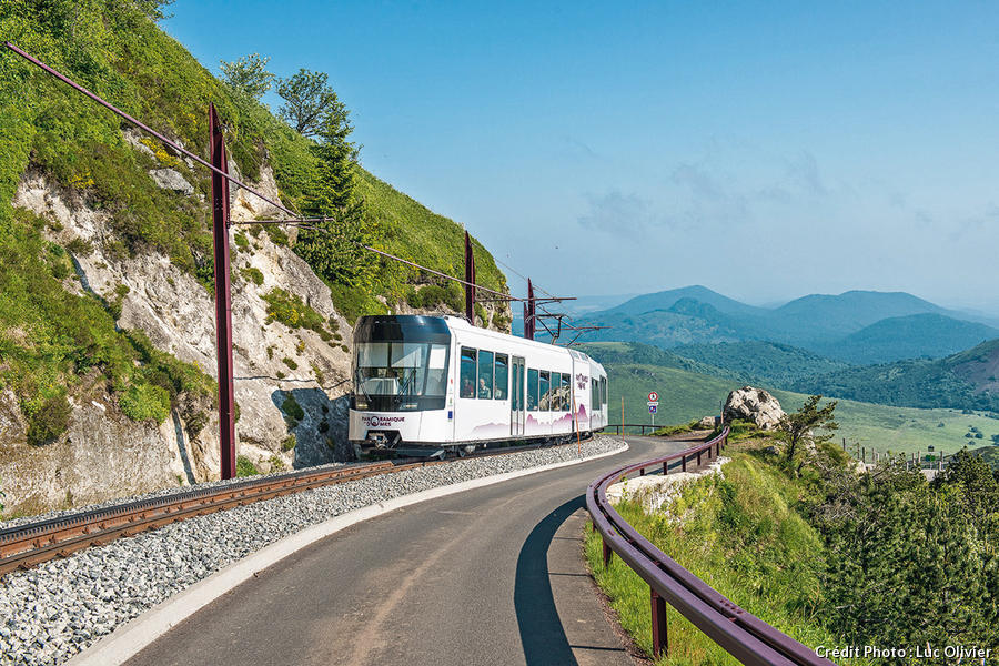 dt174_puy_de_dome_train_lo.jpg