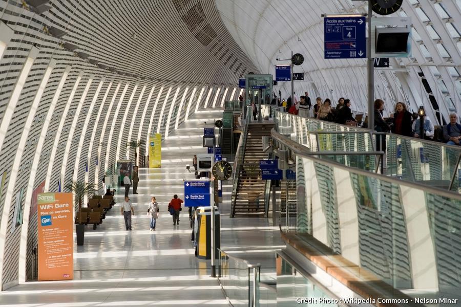 Les 15 plus belles gares de france d tours en france - Ligne bus avignon ...