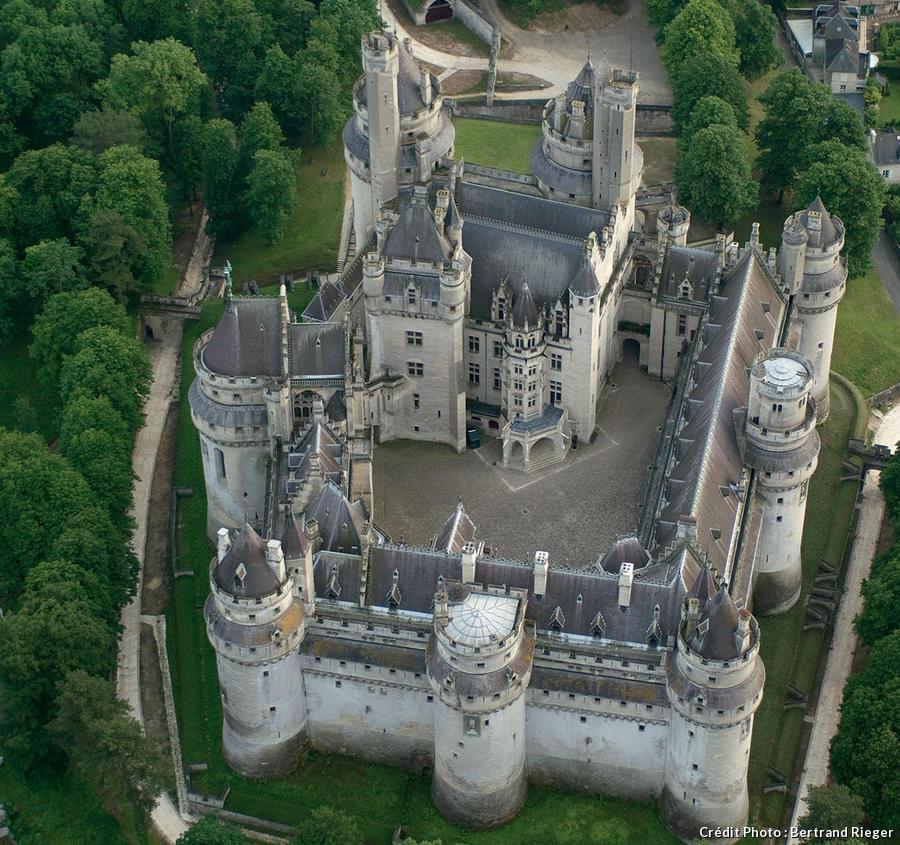 Chateau Medieval Ile De France Pyrénées Orientales