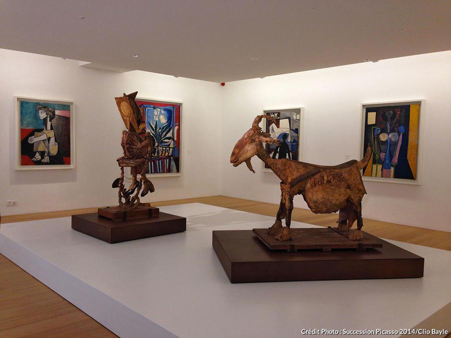 Sculpture sur plâtre « la Chèvre » (1950)