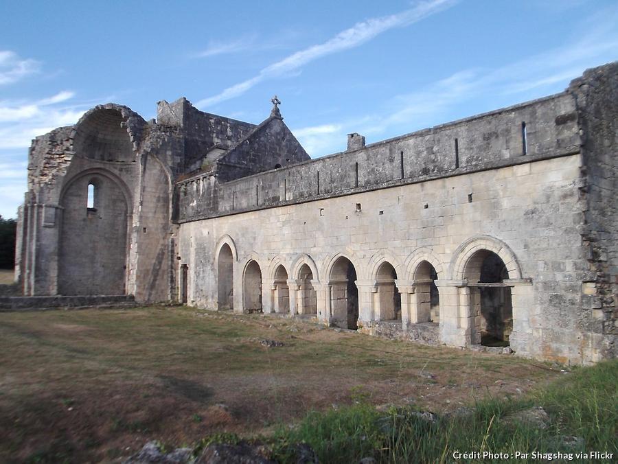 perigord-abbaye-de-boschaud.jpg