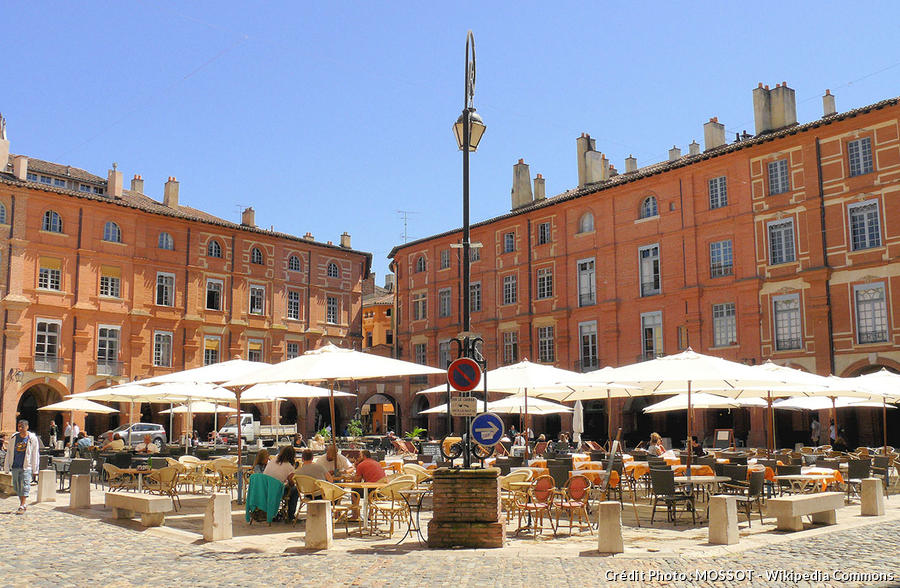 Place Nationale à Montauban