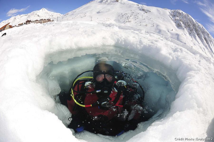 Plongée sous la glace