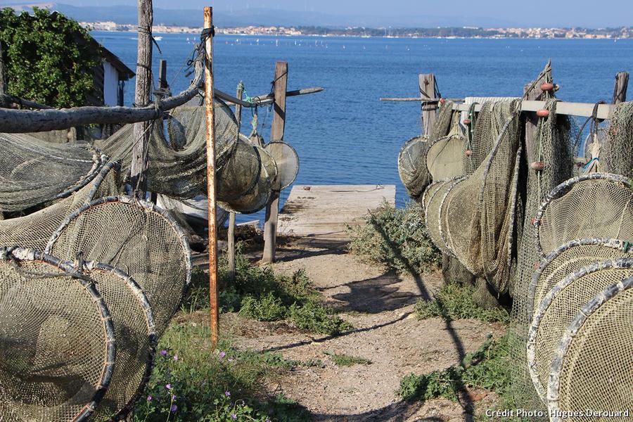 Paniers de pêcheurs dans le quartier de la Pointe Courte à Sète