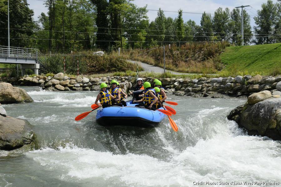 rafting au stade d'eaux vives à pau