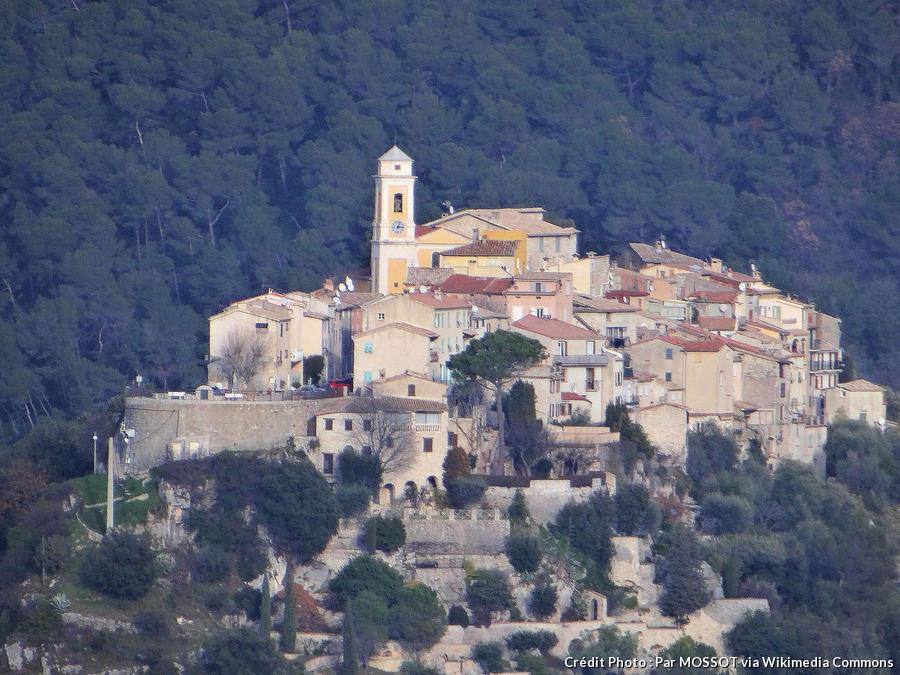 village-perche-la-roquette-sur-var.jpg