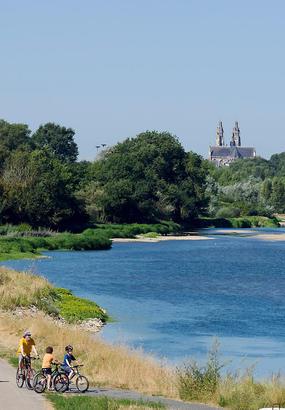 Loire à vélo : de Tours à Saint-Brevin