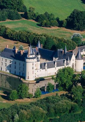 Locculte et mystérieux château du Plessis-Bourré