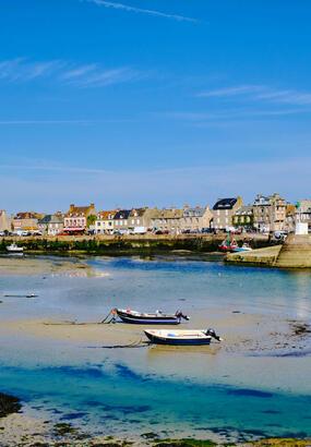 Barfleur, une vigie à lextrême du Cotentin