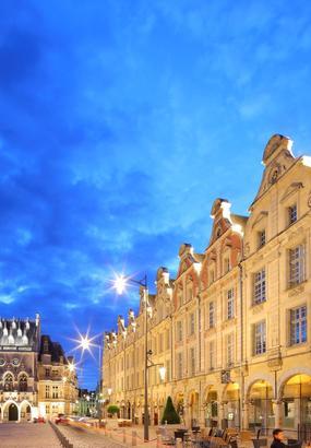 Le beffroi dArras : un des monuments préférés des Français