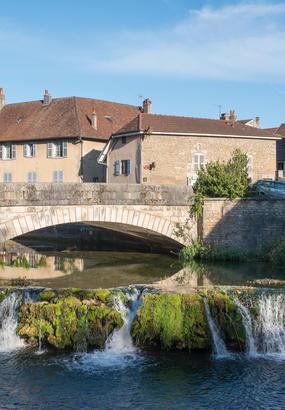 Arbois, le village jaune du Jura