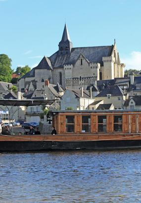 Candes-Saint-Martin, eaux bénites