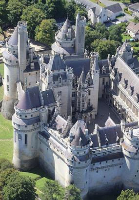 Pierrefonds, un rêve de Moyen Âge