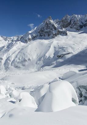 Le prodigieux paysage de la mer de glace