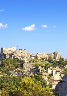Les Baux-de-Provence, le village ressucité