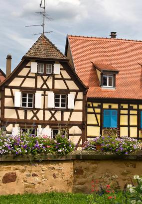 Eguisheim, au coeur du vignoble dAlsace