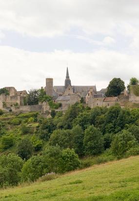 Sainte-Suzanne village