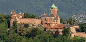 Le monde secret des châteaux forts