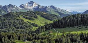 La massif des Aravis : la montagne en majesté