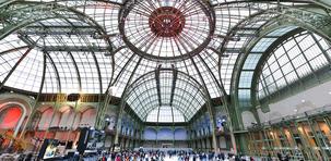 VIDÉO. La plus grande patinoire du monde à Paris