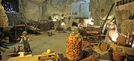 """Musée de la """"Pomme Tapée"""" à Turquant"""