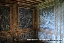 dordogne-chateau-puymartin-cabinet-mythologique.jpg